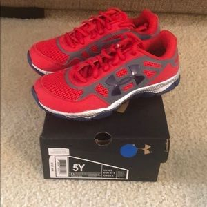 New UA kids sneakers